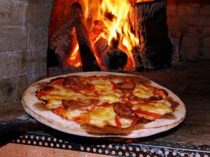 Foto Campanha Sábados na Pizzaria Via Nostra